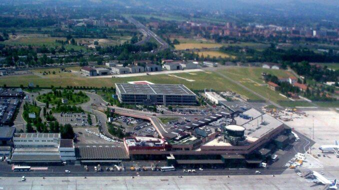 هل يوجد مطار في سان مارينو